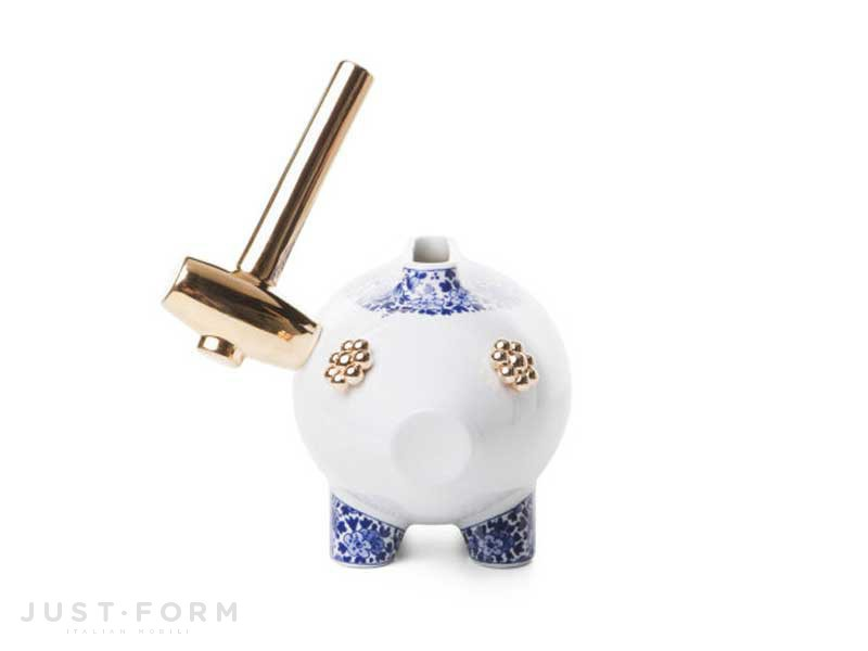 Moooi  the killing of the piggy bank 4
