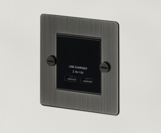 Модуль с двойной USB зарядкой 1G USB Charger / Smoked Bronze Арт. EB144
